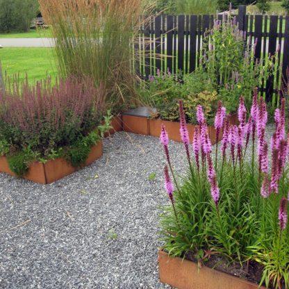Odlingslådset från Land Garden designad av trädgårdsarkitekt Lisbeth Hviid