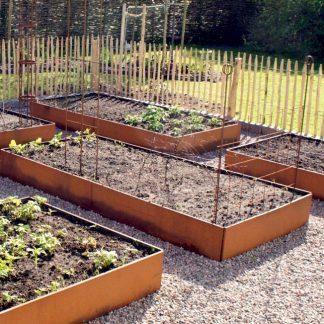 Stora odlingslådor för köksträdgården från Land Garden