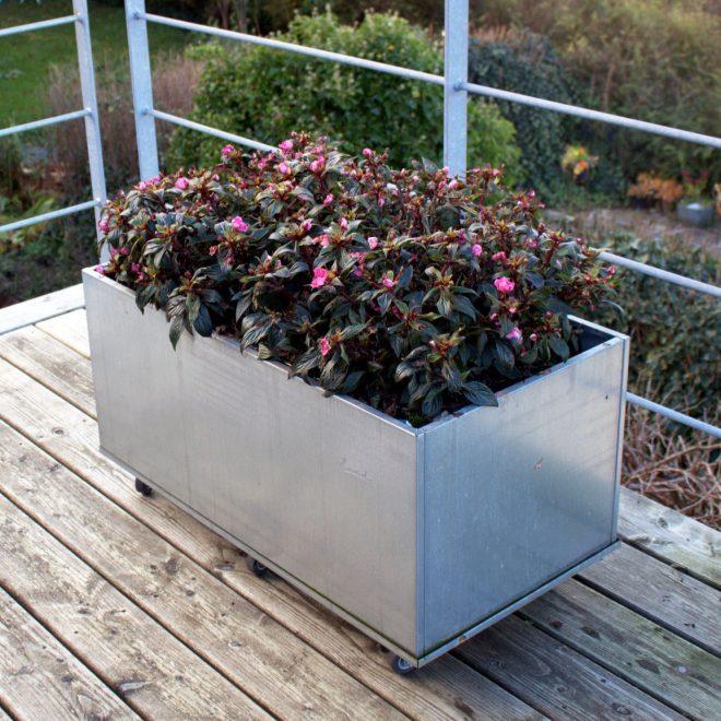 Mobil växtlåda Plus med extra höjd från Land Garden